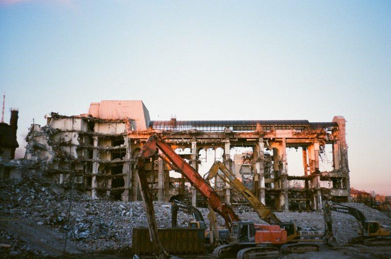 Przepisy dotyczące rozbiórki budynków