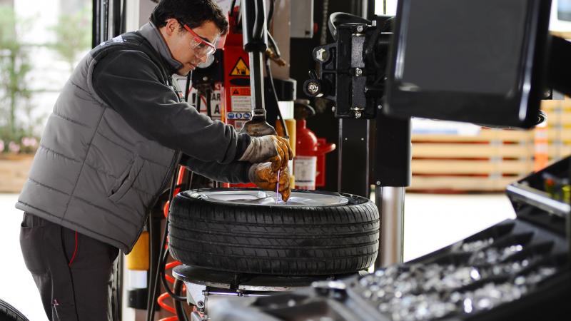 Te narzędzia są najczęściej używane w warsztatach samochodowych